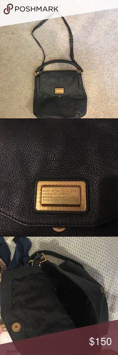 MARC BY MARC JACOBS handbag Is used but in great condition. Crossbody and top handle. Can fit a lot of stuff in it. Great bag Marc by Marc Jacobs Bags Crossbody Bags
