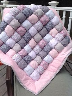 Bubble Quilt Puff Quilt Biscuit Quilt Custom Made to by LuvinKatie Quilt Baby, Baby Quilt Patterns, Modern Quilt Patterns, Rag Quilt, Patchwork Quilting, Quilting Patterns, Baby Boden, Puff Blanket, Bubble Blanket