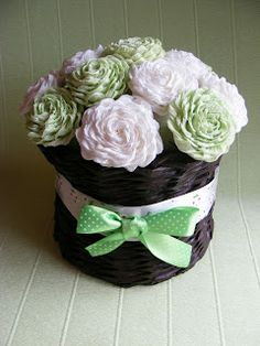 KREATYWNE DEKORACJE -Creative Decoration: kwiaty z krepiny