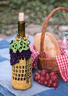 """Ravelry: Oregon """"Great Grapes"""" Wine Caddy pattern by Tinaka Schwendiman"""