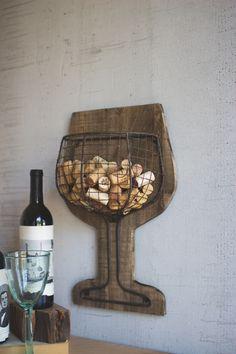 Wine Craft, Wine Cork Crafts, Wine Bottle Crafts, Wood Crafts, Wine Cork Projects, Champagne Cork Crafts, Wine Cork Holder, Wine Cork Art, Wine Corks