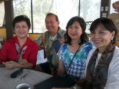 with Cora Reyes, Manny Estacion, Noemi Cuevas and Mila Zialcita at Mira Mar
