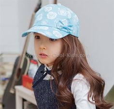 หมวกเด็ก สีฟ้าลายดอกไม้ (4), 200.00 บาท >>