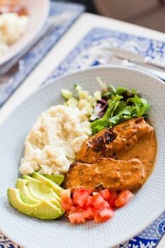 Italienska långlagade kotletter - 56kilo.se - Wellness, LCHF & Livsstil! Pork Recipes, Low Carb Recipes, Healthy Recipes, Recipies, 300 Calorie Lunches, Baked Bakery, Swedish Recipes, 300 Calories, Recipe For Mom