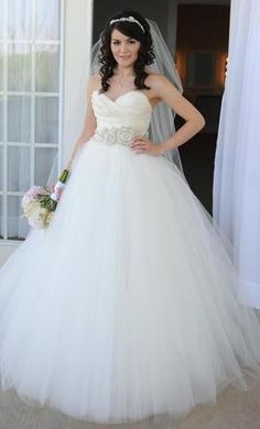 lazaro 3108 2500 size 8 used wedding dresses