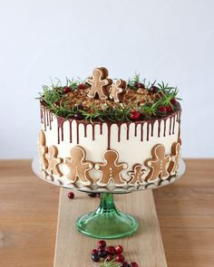 Christmas Catering, Christmas Sweets, Christmas Cooking, Sweet Recipes, Cake Recipes, Cupcake Factory, Xmas Food, Holiday Cakes, Let Them Eat Cake