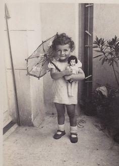 Ressemble à une photo de maman jeune....