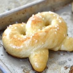 No need to buy those mall pretzels anymore. Make hot buttered fluffy pretzels at home, fresh from your oven....yummm