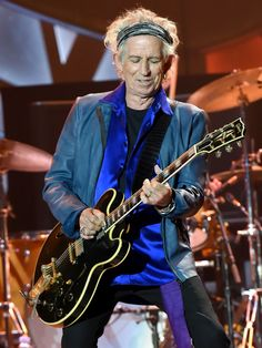 Musician Keith Richards of The Rolling Stones performs onstage during their ZIP CODE tour at Petco Park on May 24, 2015 in San Diego, California.  Jeff Kravitz, FilmMagic