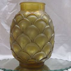 Val Saint Lambert - art deco vase 'Coqueret. Ca. 1935, Belgium Beautiful, acid-finished, patinated vase from the Luxval collection of Val Saint Lambert.  Design Charles Graffart and labeled VSL  In very good condition.  Height ca. 21 cm  Diameter ca. 15 cm  Neck opening ca. 9 cm  The vase is pictured in the catalogue of 1935. Price : 1,750 euros