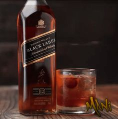 GIF by Mani Ivanov. Booze Drink, Fun Drinks, Yummy Drinks, Alcoholic Drinks, Beverages, Margarita Bebidas, Tequila, Desserts In A Glass, Tasty Videos