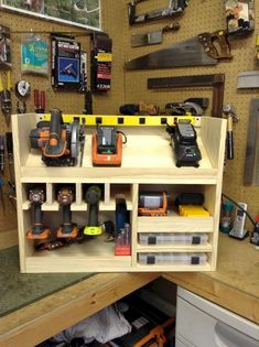 Cordless drill storage and charging station & DIY projects for everyone! Cordless drill storage and charging station & DIY projects for everyone! The post Cordless drill storage and charging station Workshop Storage, Shed Storage, Garage Storage, Workshop Ideas, Workshop Plans, Lumber Storage, Storage Boxes, Woodworking Bench, Woodworking Shop