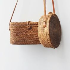 Bembien - Rose Bag and Harper Bag, handwoven rattan, leather strap Look Fashion, Fashion Bags, Fashion Accessories, Summer Accessories, Handmade Accessories, Jewelry Accessories, Bags Online Shopping, Online Bags, Outfit Online