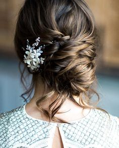 The most perfectly undone updo image by @amyfanton | Hair by @kasia_fortuna | Accessory by @kellyspencewed