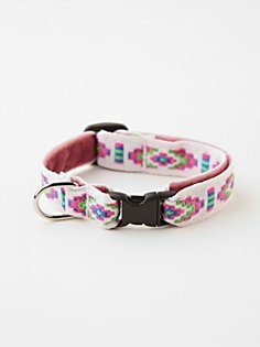 Good Vibes Cat Collar in fp-pet-project