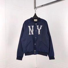 8e66db63b22a Gucci clothes 个图板中的 37 张最佳图片   Gucci、Printed sweatshirts ...