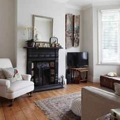 Living room | neutral living room - Step inside an updated terrace house in southeast London | House tour | PHOTO GALLERY | 25 Beautiful Homes | Housetohome.co.uk...