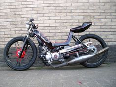 for a moped 150cc Scooter, Moped Scooter, Puch Moped, Scooter Custom, Custom Bikes, Puch Maxi S, Scooters, Motorized Bicycle, Engin