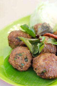 Κεφτεδες κυπριακοι Greek Recipes, Salmon Burgers, Make It Simple, Meals, Ethnic Recipes, Food, Kitchens, Meal, Essen