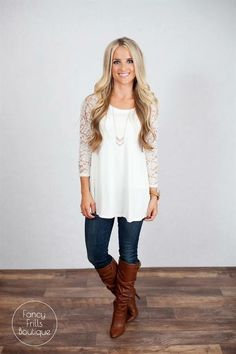 Cute-like the lace sleeves
