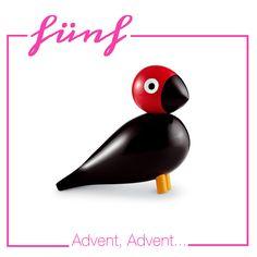 Huch, da ist der Freitag schon halb rum und ich hab's noch nicht geschafft, das Adventskalendertürchen zu öffnen. Als kleine Wiedergutmachung gab ich einen richtigen Knaller für euch: Singvogel Pet...