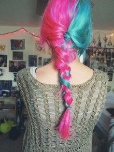 s-media-cache-ak0.pinimg.com 736x bf 68 79 bf6879fe6bd4de68b955da40ba310286--blue-hair-pink-hair.jpg