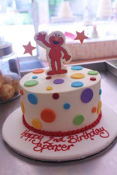 Wave hello to Elmo on this cake!