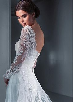 Buy discount Glamorous Tulle Scoop Neckline A-line Wedding Dresses With Lace Appliques at Dressilyme.com