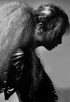 Photo by Richard Avedon, 1970 Sophia Loren, Famous Photographers, Portrait Photographers, Richard Avedon Photography, Jean Paul Goude, 1970s Hairstyles, Cogito Ergo Sum, America Images, David Sims