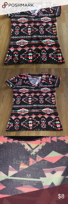 SUPER SOFT Vanity T-Shirt! Super Soft Vanity T-Shirt! Super cute! Worn 2! Vanity Tops Tees - Short Sleeve