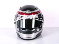 #helmade #motorsport design in metallic tones. #arrow #withpassion #airbrush #helmetdesign #handpainted Design your own on www.helmade.com