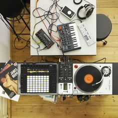ABLETON PUSH 2 | CONTROLLER FOR ABLETON LIVE 9.5 : Artist Sistems d.o.o. Macedonia - Pro audio equipment & musical instruments HOT DEAL! СТАРА ЦЕНА: 42.900,oo ден ЖЕШКА ПОНУДА: 33.900,oo ден