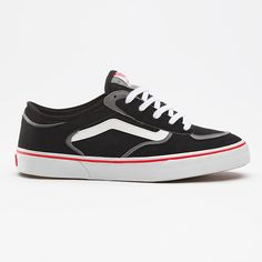 Geoff Rowley Pro. My old pair are long dead, so stoked these are back.