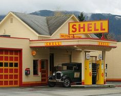 Seattle Photo, Look of the past photo Shell Gas Station photo, man cave decor, home decor, red & yel