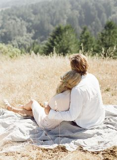 Natural #Engagement #Session Outfit Ideas   Wedding Sparrow   Taylor & Porter