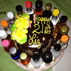 Friend's 21st birthday cake. I WILL HAVE THIS <3