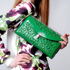 High-end vegan handbags: MeDusa Green Purse