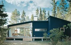 Kovilan holiday home - Swedish Wood Modern Exterior, Exterior Design, Cabin Design, House Design, Best Exterior House Paint, Weekend Cottages, Wood Architecture, Swedish House, Cabins In The Woods