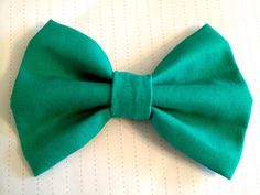 Emerald Hair Bow by LovelyYouAccessories on Etsy, $5.00