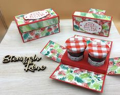 Small Gift Boxes, Small Gifts, Baking Packaging, Strawberry Decorations, 3d Paper Crafts, Paper Crafting, Cookie Box, Punch Board, Exploding Boxes