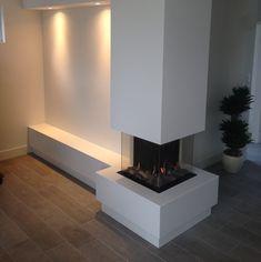 Corner Gas Fireplace, Home Fireplace, Modern Fireplace, Fireplace Design, Bathroom Interior Design, Interior Design Living Room, Living Room Designs, Living Room Decor, Pin On