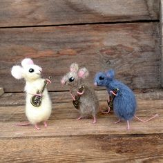 Miniature animal playing guitar Tiny wool Mouse door CozyMilArt, $15.50
