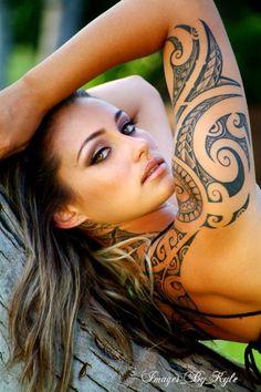 102 Maori tattoos in women ❖❖❖ ❖❖❖ . - Tattoos Ideas And Maori Tattoos, Maori Tattoo Frau, Half Sleeve Tribal Tattoos, Tattoo Tribal, Polynesian Tattoos Women, Tribal Tattoos For Women, Hawaiian Tribal Tattoos, Maori Tattoo Designs, Bild Tattoos