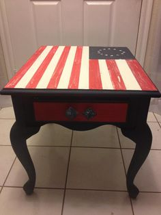 American Paint Company Chalk | Clay | Mineral Paint Vintage American Flag painted end table #