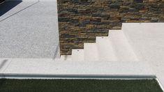 CASA HEITOR por Jesus Correia Arquitecto | homify Stairs, Home Decor, Townhouse, Design Ideas, Good Ideas, Modern Houses, Trendy Tree, Architects, Ladders