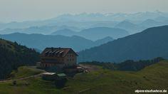 #Wanderung vom #Taubenstein über #Rotwand und #Rotwandhaus nach #Spitzingsee #Alpen #Bayern http://alpenreisefuehrer.de/deutschland/mangfallgebirge/vom-taubenstein-ueber-rotwand-und-rotwandhaus-nach-spitzingsee/?utm_source=pinterest&utm_medium=link&utm_term=mangfall&utm_campaign=social