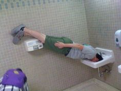"""""""Some call it a sport. Others call it silly. But it's undeniable that, for a short while at least, planking certainly is a thing.""""- some guy on ESPN Selfies Gone Wrong, Performance Marketing, Cool Pictures, Funny Pictures, Best Of Tumblr, Internet Memes, Take A Shower, How To Take Photos, Planking"""
