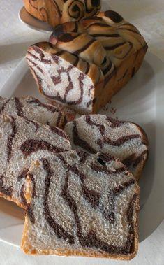 Pan bauletto tricolore tigrato, ricetta lievitata con tutorial fotografico