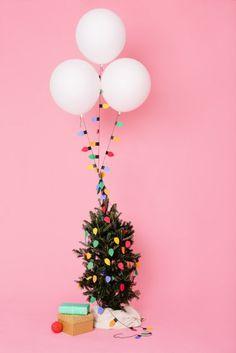 globos guirnalda luces navideñas-vía-AHDO