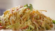Famous Japanese Restaurant-Style Salad Dressing Video, sub oil with broth Ginger Salad Dressings, Salad Dressing Recipes, Salsa, Japanese Salad, Japanese Meals, Japanese Food, Asian Recipes, Healthy Recipes, Asian Foods